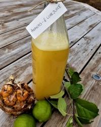 Ananas- och limejuice